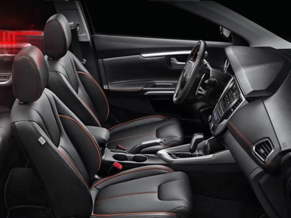 การออกแบบภายใน  Mitsubishi Grand Lancer 2017