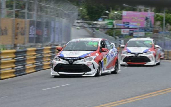 ความมันส์กำลังจะกลับมาอีกครั้งกับ รายการแข่งขันรถยนต์ทางเรียบวันเมคเรซ