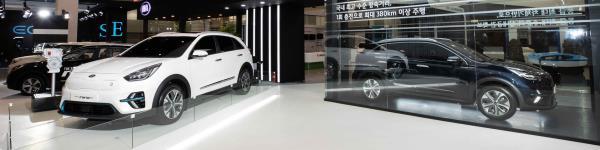 Kia Niro EV ในงาน International Electric Vehicle Expo