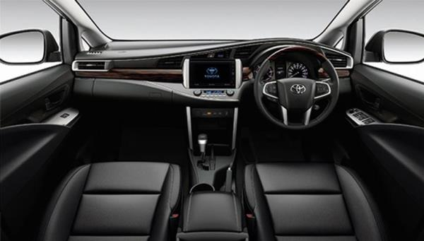 ภายใน Toyota Innova Crysta 2018