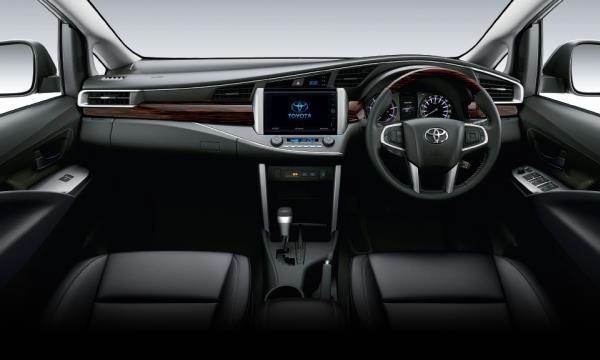 Toyota Innova Crysta 2018 ภายใน