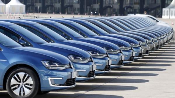 ตลาดยุโรปรถพลังงานไฟฟ้าได้รับความนิยมสูงขึ้นแซงหน้ารถยนต์ดีเซล