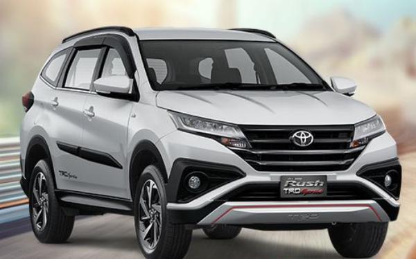 รถอเนกประสงค์ Toyota Rush 2018
