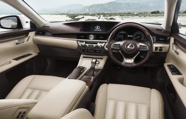 อ็อพชั่น All-new Lexus ES 300h