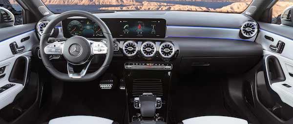 อุปกรณ์อำนวยความสะดวกใน Mercedes-Benz A-Class 2018 ที่ครบครัน