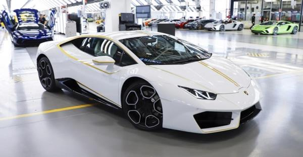 Lamborghini Huracan RWD รุ่นพิเศษ