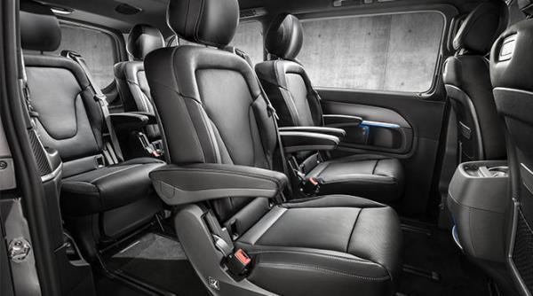 การออกแบบภายในของ Mercedes-Benz V-Class Night Edition 2018