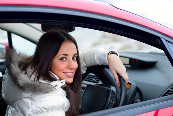 ข้อดีของผู้หญิงเมื่อไปเรียนขับรถ