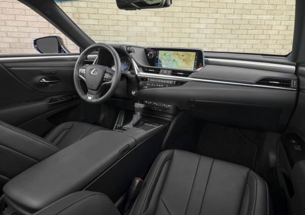 ดีไซน์ภายใน Lexus ES F Sport 2019