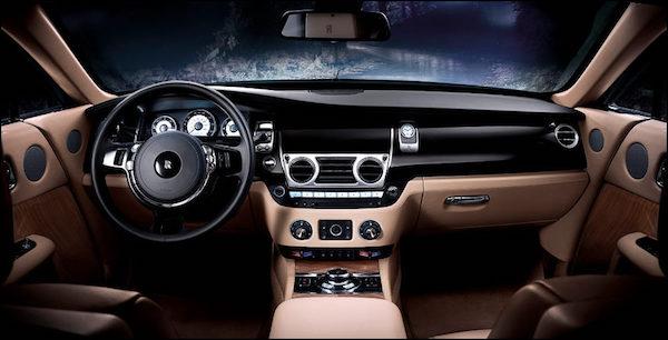 การออกแบบภายใน Rolls-Royce Wraith 2018 ที่รวมความคลาสสิคกับความทันสมัย