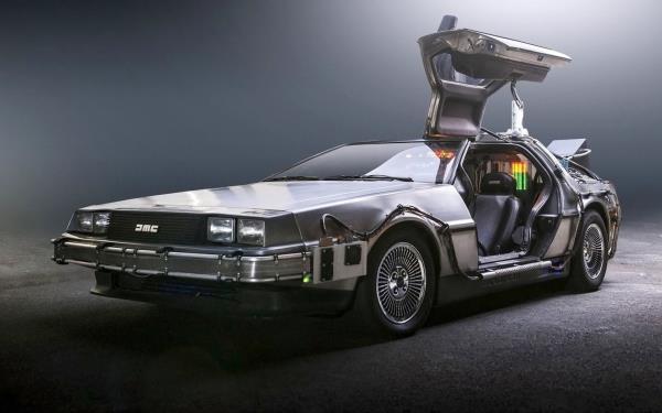DeLorean DMC-12 ในภาพยนตร์เรื่อง Back to the Future