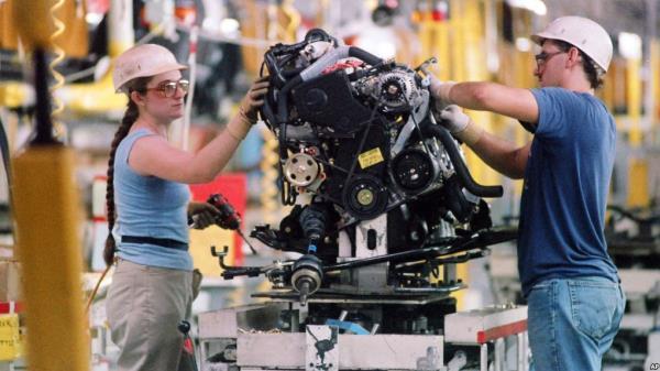 """ชาวอเมริกันกว่า 137,000 คน ที่เป็นพนักงานของ Toyota ในสหรัฐฯ อาจได้รับผลกระทบจากแนวคิดของ """"โดนัลด์ ทรัมป์"""""""