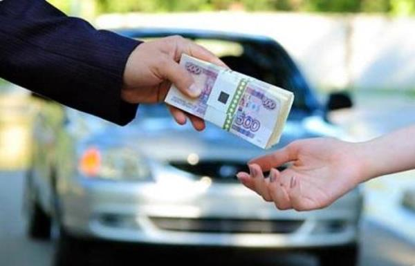 มีงบไม่เกิน 300,000 บาท จะเลือกซื้อรถยนต์แบบไหนดี