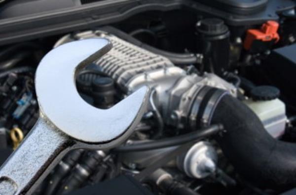 เลือกช่างซ่อมและอู่ซ่อมรถยนต์ เลือกอย่างไรไม่ให้พลาด ?