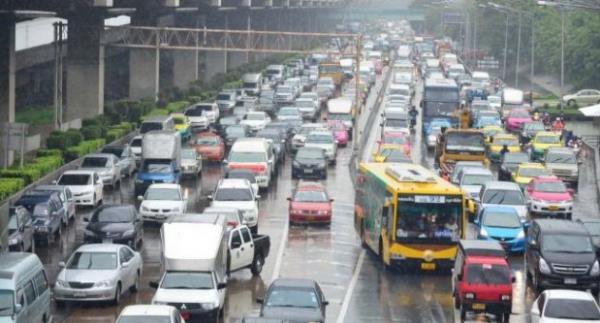 10 เส้นทางในกรุงเทพฯ ที่ควรหลีกเลี่ยงในช่วงหน้าฝนนี้