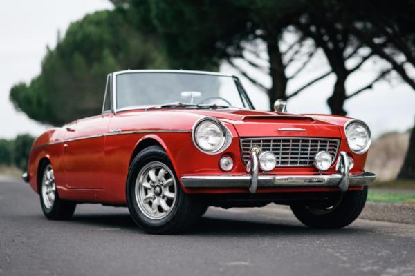 Datsun Fairlady ต้นแบบ Roadster ยุคแรกๆ