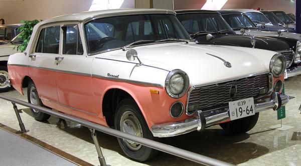 รถยนต์ Isuzu Bellel รถเก๋งคันแรกจากอีซูซุ