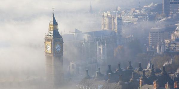 หอนาฬิกาบิ๊กเบนที่มีชื่อเสียงของลอนดอนก็ยังต้องเผชิญกับปัญหามลพิษทางอากาศ
