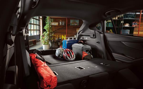 สภาพภายในของ Subaru Impreza  2019