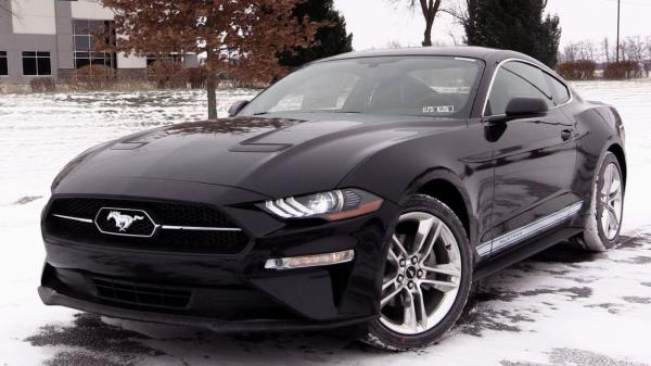 Ford Mustang รุ่น Ecoboost