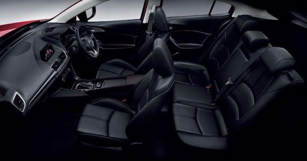 ภายใน Mazda 3 ที่ดูดีอยู่ แต่หลายบอกพื้นที่น้อย