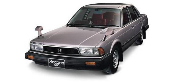 Honda Accord รุ่นที่ 2 ปี 1981 ใช้ระบบจ่ายน้ำมันเชื้อเพลิงด้วยชุดหัวฉีดอิเล็กทรอนิกส์