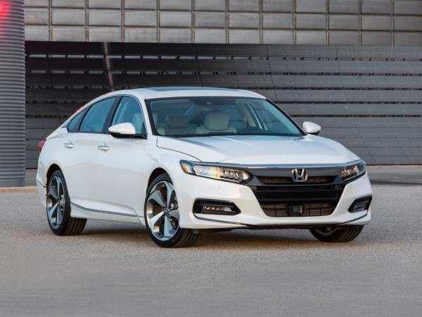 รีวิว Honda Accord 2018 ดีไซน์ใหม่สไตล์สปอร์ต