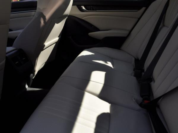 ภายใน Honda Accord ที่ออกแบบเพื่อความสบาย