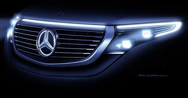 การดีไซน์ภายนอกของ Mercedes-Benz EQC 400 4MATIC