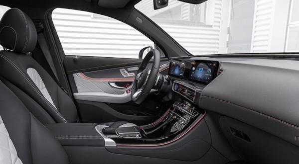 การดีไซน์ภายในห้องโดยสารของ Mercedes-Benz EQC 400 4MATIC