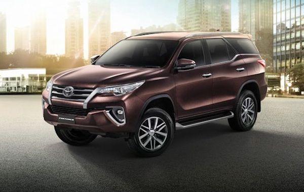 ราคา Toyota Fortuner 2018  โตโยต้า ฟอร์จูนเนอร์ ตารางราคา-ผ่อน ล่าสุด
