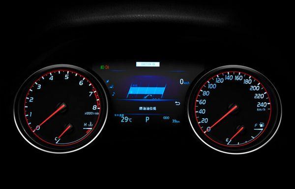 มิเตอร์ดีไซน์ใหม่ของ Toyota Camry