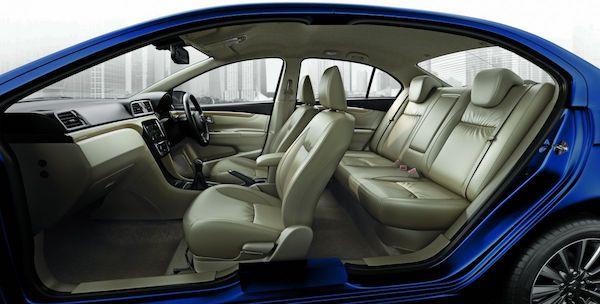 ภายใน Suzuki Ciaz Minorchange ในอินเดีย