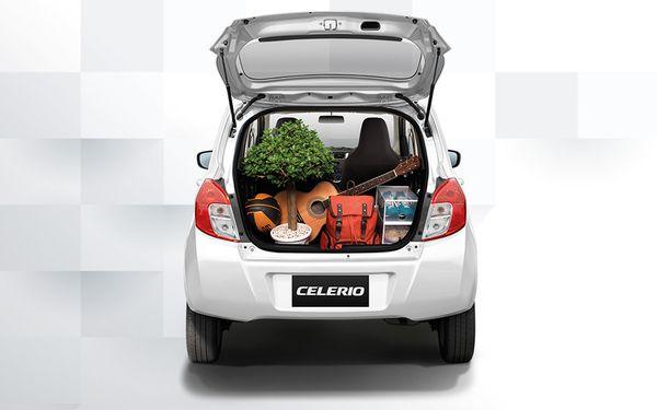 ด้านท้าย Suzuki Celerio เล็กแต่ก็บรรทุกของได้