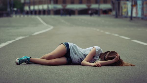 การนอนบนพื้นถนนเป็นสิ่งผิดกฎหมายใน California