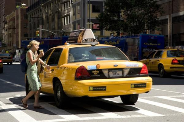 รถเมล์ รถแท็กซี่ รถส่วนตัว แบบไหนสะดวกที่สุด ?