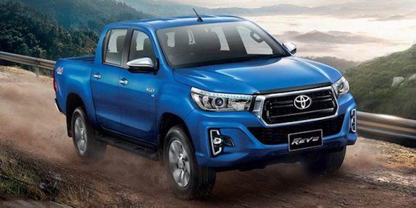 Toyota Hilux Revo  ออกไปทางแกร่ง