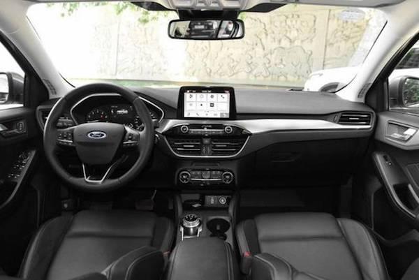 ดีไซน์ภายในของ Ford Focus 2019 เวอร์ชั่นจีน