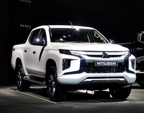 ดีไซน์ภายนอกของ  Mitsubishi Triton 2019 ไมเนอร์เชนจ์ใหม่
