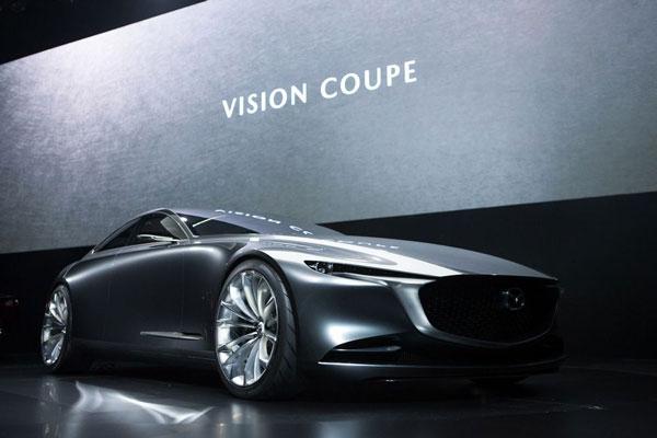 ออกมาให้ยลโฉม ! Mazda อวดโฉมรถต้นแบบ KODO Design ในงาน MAZDA ASEAN DESIGN FORUM 2018