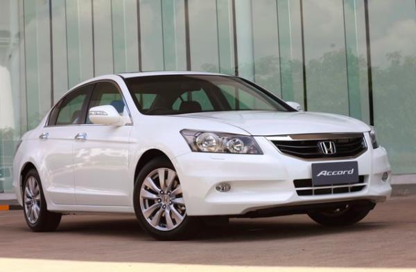 Honda Accord G8 มาพร้อมกับขนาดรถที่ดูใหญ่ ภูมิฐาน และน่าขับขี่มากที่สุด