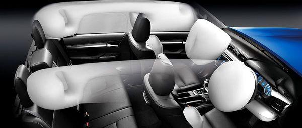 ถุงลมแบบจัดเต็มใน Toyota Revo