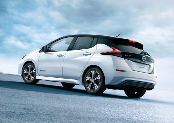 Nissan Leaf 2018 รถสำหรับรุ่นใหม่ที่ใส่ใจสิ่งแวดล้อม