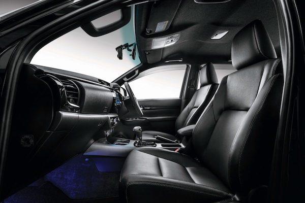 ดีไซน์ภายในของ Toyota Hilux Revo 