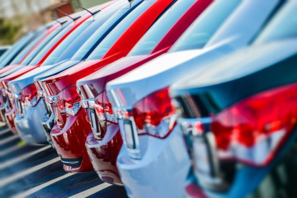 คาดตลาดรถปี 62 ยอดขายรถไฟฟ้าโตขึ้น! สวนทางตลาดรถยนต์ในประเทศคาดว่าอาจหดตัวลง 2-5%