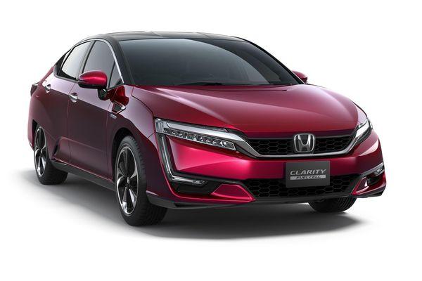 Honda Clarity Fuel Cell รถยนต์พลังงานไฮโดรเจนจาก Honda