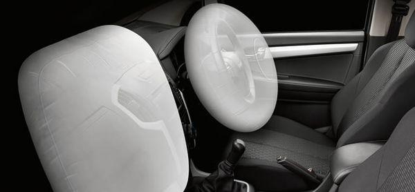 ถุงลมนิรภัยคู่หน้าเป็นอุปกรณ์หลักด้านความปลอดภัย