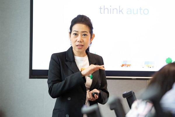 นางสาวสุรีทิพย์ ละอองทอง โฉมทองดี รองกรรมการผู้จัดการใหญ่ สายงานการตลาด บริษัท นิสสัน มอเตอร์ (ประเทศไทย) จำกัด