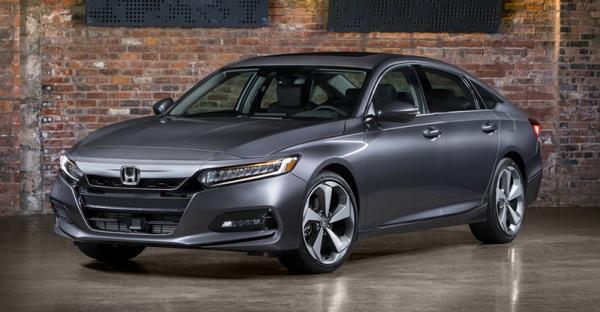 Honda Accord เจนเนอเรชั่นที่ 10 ได้รับการออกแบบอย่างหรูหราสง่างาม และมีความสปอร์ต
