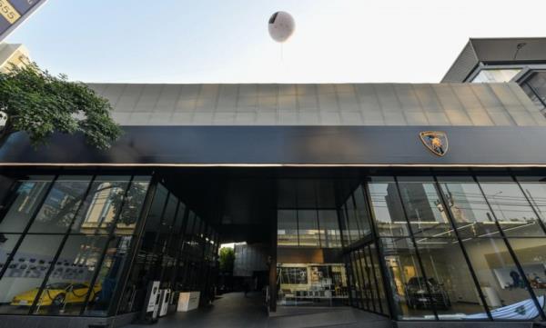 เปิดแล้ว! โชว์รูม Lamborghini แห่งใหม่ โดย Renazzo Motor ณ ริมถนนวิภาวดี กรุงเทพฯ